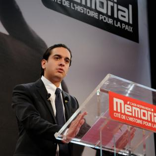 http://www.memorial-caen.fr/sites/memorial_caen/files/styles/initial/public/gaspard-cuenant2.jpg?itok=1QtotV8C