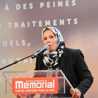 https://www.memorial-caen.fr/sites/memorial_caen/files/styles/initial/public/latifa-ibn-ziaten.jpg?itok=HvgPmekr